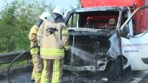 KAVACıK - TEM Otoyolu'nda Araç Yangını