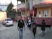 VAN CUMHURİYET BAŞSAVCILIĞI - Van'da Bin 247 Kaçak Göçmen Yakalandı