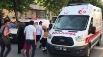 MUSTAFA ÇETIN - Yangından Kurtarılan Kediyi İtfaiye Hayata Döndürdü