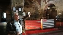 ORTODOKS - Ayasofya'daki Buzlu Cam Ve Pimapenler Tartışmaya Sebep Oldu