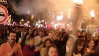 SANAT MÜZİĞİ - Çaycumalılar Cumhuriyet Yürüyüşü Yaptı