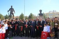 MEHMETÇIK - Dumlupınar'a Mehmetçik Anıtı