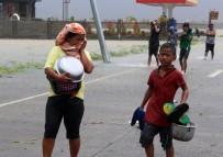 ÇİNLİ - Filipinler'de Yutu Tayfunu Etkisini Sürdürüyor