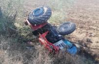 Traktör Şarampole Devrildi Açıklaması 1 Yaralı