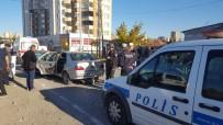 YıLDıRıM BEYAZıT - 2 Otomobil Kafa Kafaya Çarpıştı Açıklaması 7 Yaralı