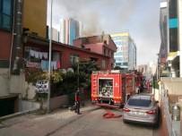POLİS İMDAT - Ataşehir'de Tinercinin Yaktığı İddia Edilen Bina İtfaiyeyi Alarma Geçirdi