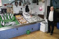 BALIK FİYATLARI - Balık Fiyatları Cep Yakıyor