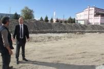 Başkan Bozkurt Kapalı Pazar Yeri Çalışmalarını Yerinde İnceledi
