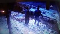 KANALİZASYON ÇALIŞMASI - Başkentte Göçük Altında Kalan İşçi Yaralandı