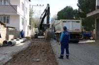 ÖZLEM ÇERÇIOĞLU - Büyükşehir Üç Mahalleyi Daha Kanalizasyon Altyapısına Kavuşturuyor