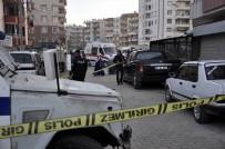 KıRAATHANE - Diyarbakır'da Silahlı Kavga Açıklaması 1 Yaralı