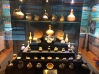 ŞEHİR MÜZESİ - Eşsiz Seramik Koleksiyonu Bozüyük Şehir Müzesi Ve Arşivinde Sergileniyor