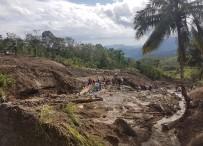 TOPRAK KAYMASI - Filipinler'de Toprak Kayması Açıklaması 3 Ölü, 18 Kayıp