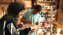 ÖZEL TASARIM - Gazzeli Kardeşlerin Ahşap Tasarımları Geçim Yolu Oldu