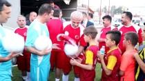 Hatay'da 'Futbolun Efsaneleri Gençlerle Buluşuyor' Projesi