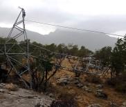 YÜKSEK GERİLİM - Şırnak'ta Fırtınanın Devirdiği Direği Dicle Elektrik Onardı