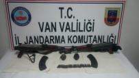 EL BOMBASI - Van'da Teröristlerin Eylemlerde Kullanacağı Silah Ve Mühimmatlar Ele Geçirildi