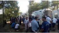 Adana'da Midibüs Devrildi Açıklaması 3'Ü Ağır 20 Yaralı