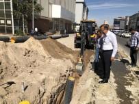 NEVŞEHİR BELEDİYESİ - Belediye Başkanı Seçen, Millet Caddesinde Alt Yapı Çalışmalarını İnceledi