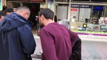 RAMAZAN ÇAKıR - İkinci Kez Dolandırılmaktan Polis Kurtardı