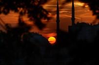 GÖKYÜZÜ - İstanbul'da Mest Eden Gün Batımı