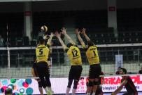 OLIVER - 4. Allways TSYD İzmir Voleybol Turnuvası Açıklaması Arhavi Belediye Açıklaması 3 - Galatasaray Açıklaması 2