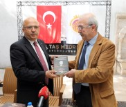 OSMANLıCA - Afyonkarahisar Belediyesi Kültür Yayınlarına Bir Yenisi Daha Eklendi