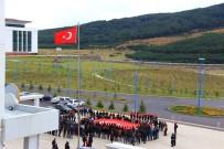Ardahan'da Öğrenciler Batman Şehitlerini Andı
