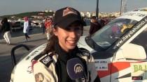 Baja Troia'nın Tek Kadın Pilotu Podyum Kovalıyor