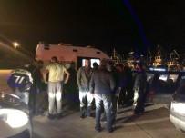 Balıkçı Teknesine Silahlı Saldırı Açıklaması 1 Yaralı