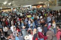 ADNAN MENDERES HAVALİMANI - Dış Hat Yolcusu Arttı, İç Hat Yolcusu Azaldı