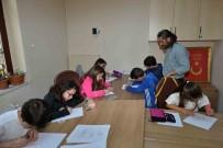 KARİKATÜRİST - Karikatür Okulu Sınava Hazırlanıyor