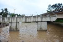 SEDDAR YAVUZ - Selin Yıktığı Köprünün Yerine Yenisi Yapılıyor