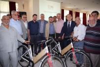 HALUK ŞIMŞEK - Serik'te Din Görevlilerine Bisiklet