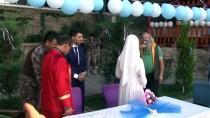 HAREKAT POLİSİ - Çukurca Emniyet Müdürlüğünün Bahçesinde Nikah Merasimi