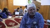 DİN KÜLTÜRÜ - İmam, Öğrencileri Camide Geleceğe Hazırlıyor