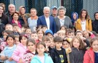FAIK GÜNGÖR - Lapseki'de Ana Okulu Öğrencilerinden Hayvan Barınağına Ziyaret