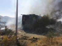 İLK MÜDAHALE - Manavgat'ta 3 Hektar Tarım Arazisi Ve Atıl Durumdaki Bir Ev Yandı