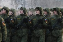 SOVYETLER BIRLIĞI - Rus Ordusunda Bir Tarih Değişiyor