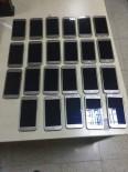 AKILLI CEP TELEFONU - Van'da 23 Adet Kaçak Cep Telefonu Ele Geçirildi