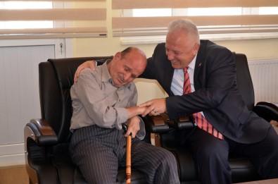 Engelli Vatandaştan Tedavisini Yaptıran Başkan'a Teşekkür