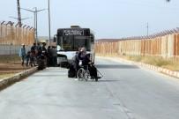ÖNCÜPINAR - Bayram İçin Ülkesine Giden Suriyelilerden 27 Bini Türkiye'ye Geri Döndü
