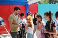 EBRU SANATı - Bilim Ve Sanatın Tüm Renkleri Halkla Buluştu