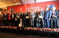 İLBER ORTAYLI - CHP'li Başkanlar Ödüllerini Kılıçdaroğlu'nun Elinden Alacak