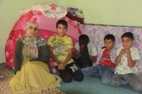 YAŞAM MÜCADELESİ - Evleri Çöken 6 Nüfuslu Engin Ailesi Yardım Bekliyor