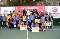 FATİH BELEDİYESİ - Fatih'te 3X3 Sokak Basketbolu Turnuvası'nda Dereceye Giren Sporcular Ödüllendirildi