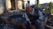 YAŞLI ÇİFT - Kastamonu'da 2 Katlı Ev Ve Samanlık Yangında Kül Oldu