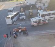 SERVİS OTOBÜSÜ - Otobüs İle Midibüs Kazası Kamerada