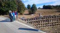 YENİ KÖPRÜ - Şaphane'de Üçbaş Köy Yolu Köprü İnşaatı Başladı