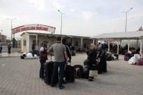ZEYTIN DALı - Suriyeliler Bir Daha Dönmemek Üzere Ülkelerine Gidiyor